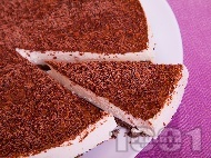 Рецепта Шоколадова чийзкейк торта за десерт с крема сирене, заквасена сметана, желатин. шоколад и какао (с печене)